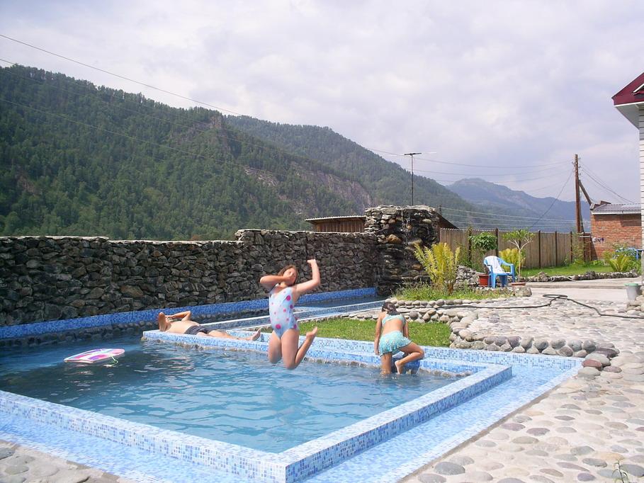 с детьми в бассейне фото