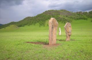 Тюркские захоронения «Уч-Энмек» авто экскурсия озеро Арыгемское
